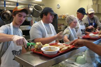 volunteer-at-soup-kitchen-l-4bbf527ea8ec086f